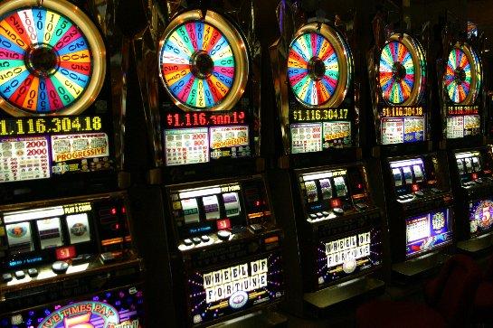 Большая коллекция азартных слотов в демо – режиме