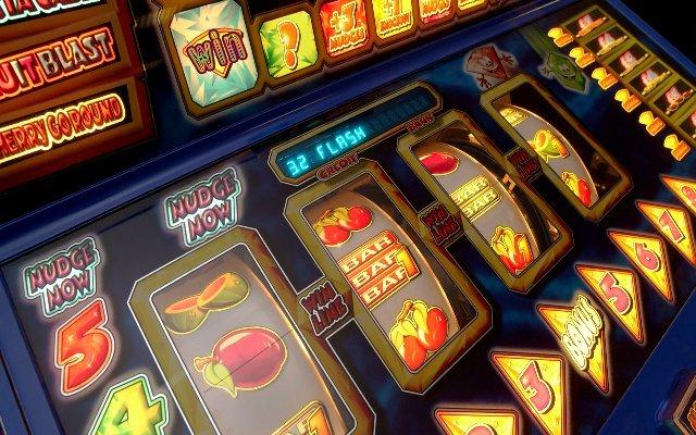 Виртуальный покер и 777-слоты на зеркале клуба «Х»