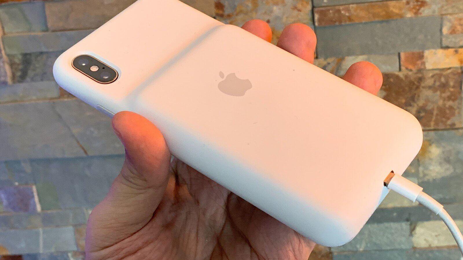 Apple запустила программу замены Smart Battery Case для iPhone XR, XS и XS Max
