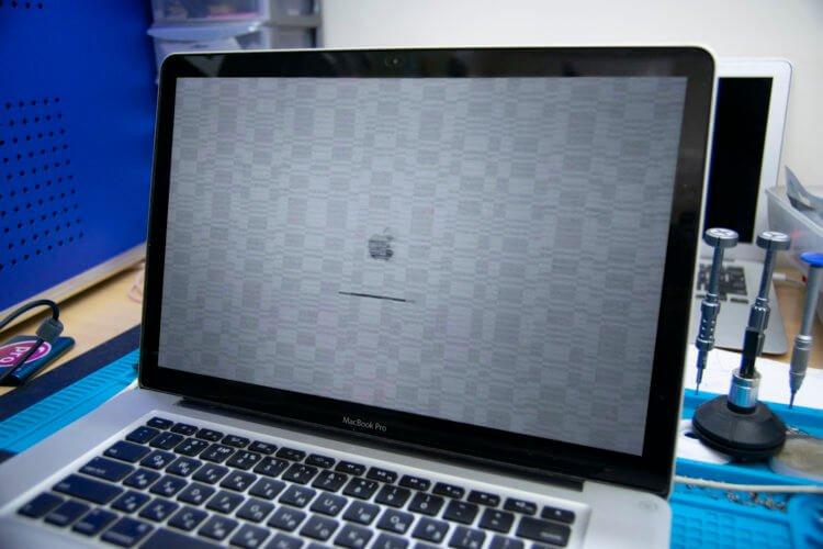 Какая проблема скрывается в старых MacBook Pro