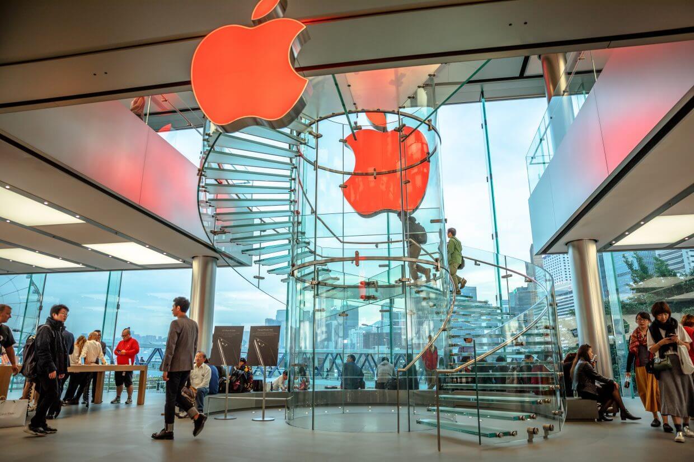 Apple закрыла все Apple Store в Китае из-за коронавируса. Но это ещё не всё