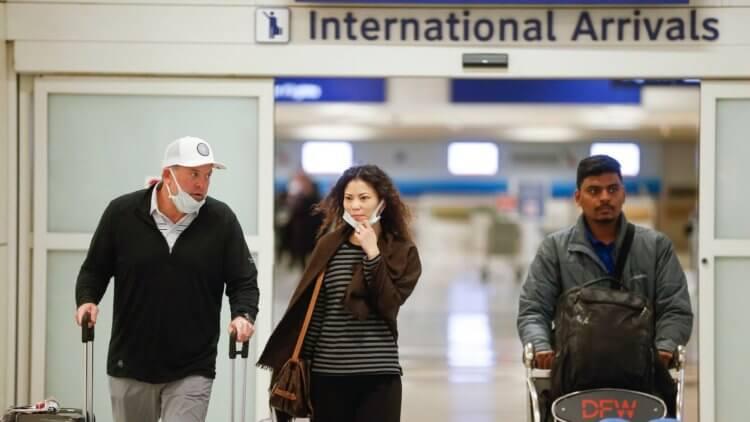 Apple запретила своим сотрудникам поездки за границу из-за коронавируса