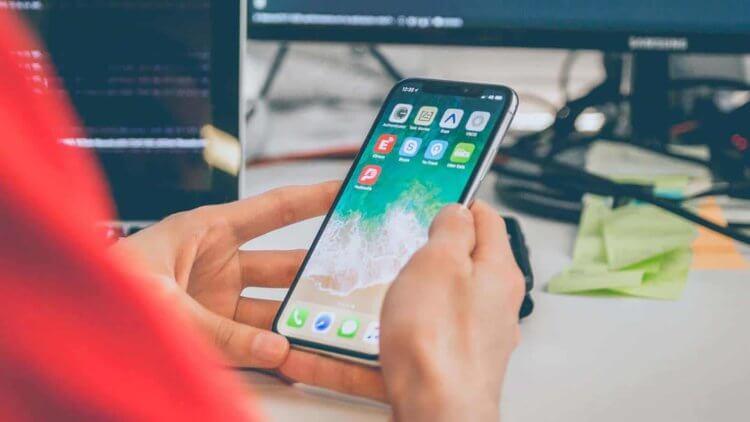 Новое в iOS 14: рабочий стол списком, функции для глухих и оплата по QR