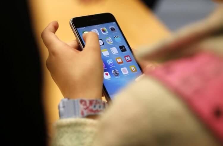 Apple согласилась выплатить 500 миллионов долларов за замедление старых iPhone