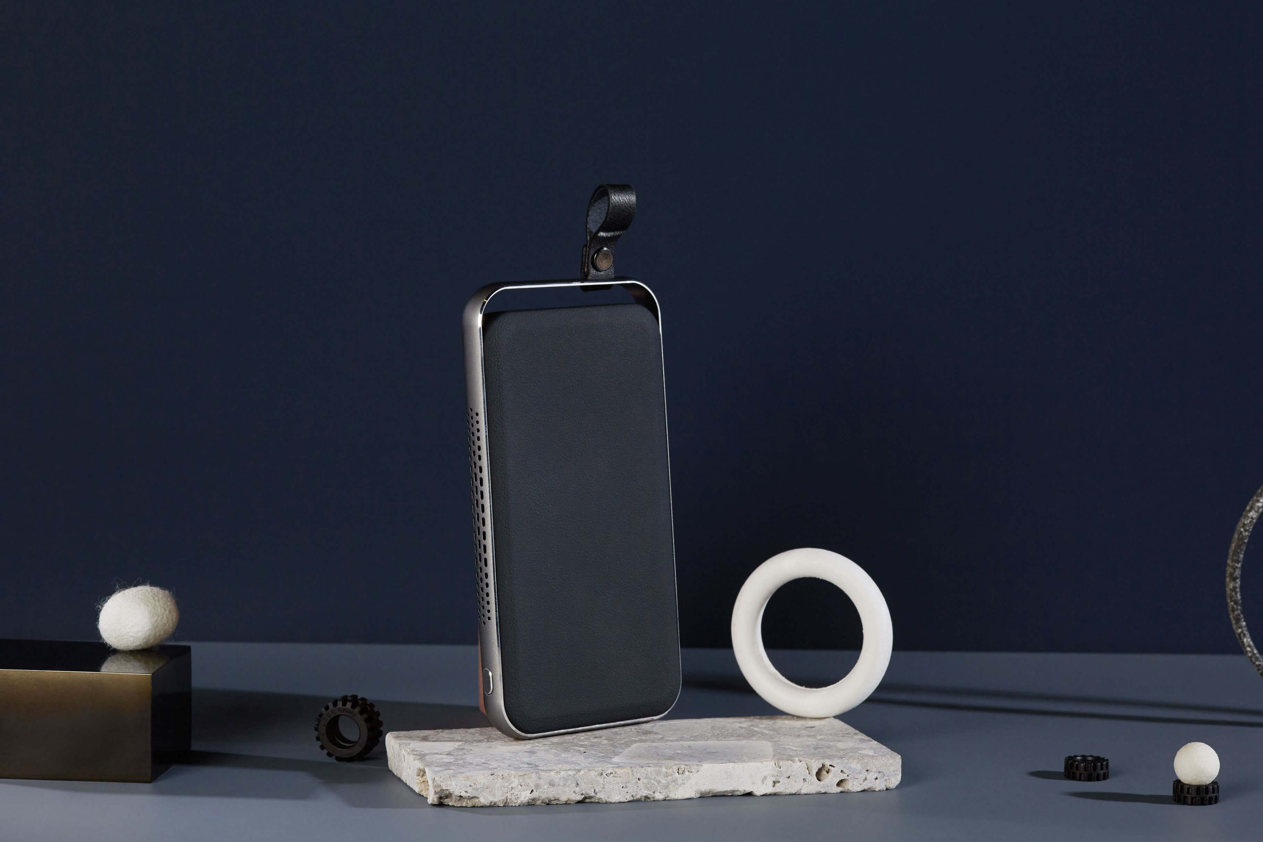 Как я навсегда решил проблему с зарядкой iPhone