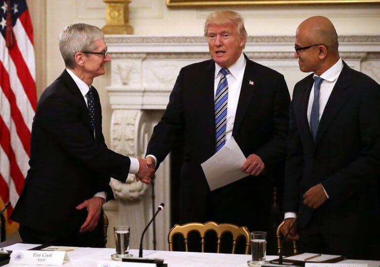 На что приходится идти Тиму Куку, чтобы отстоять интересы Apple