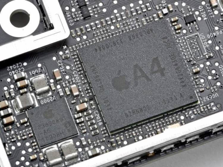 Почему новый iPhone всегда быстрее прошлогоднего?