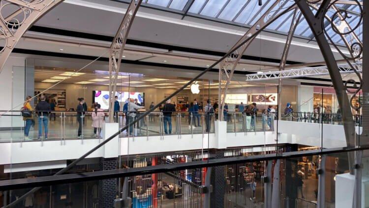 Apple открыла первые магазины в США — и это не всем нравится