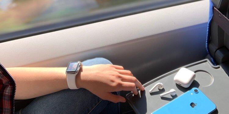 Как карантин повлиял на продажи Apple Watch и AirPods?