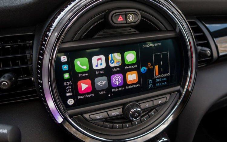 Разрабатывает ли Apple автомобиль? Отвечает бывший исполнительный директор компании