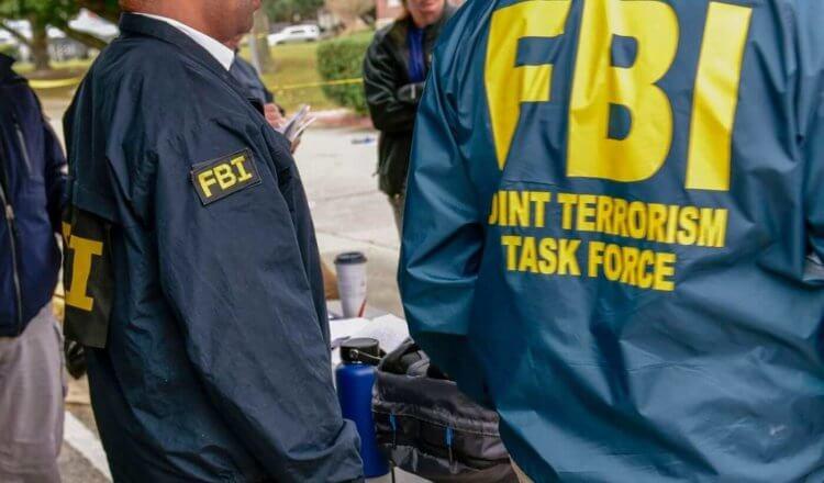 ФБР снова взломало iPhone. Вот что на это ответили в Apple