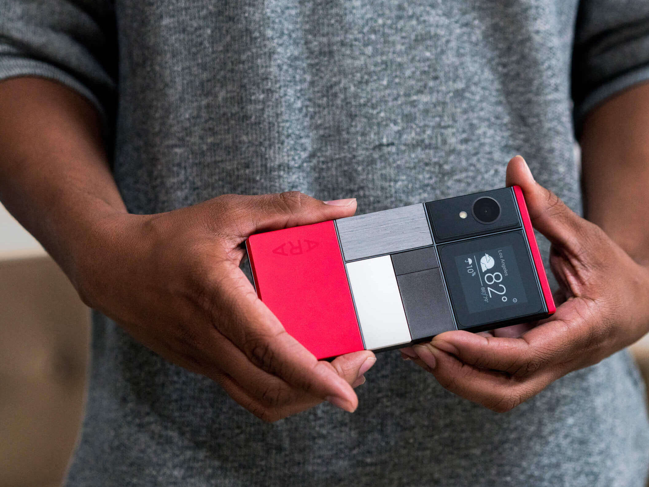 Модульный iPhone — что это такое, и зачем Apple его выпускать