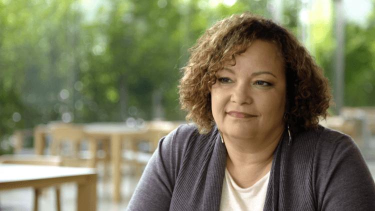 Apple пожертвует 100 миллионов долларов на достижение расового равенства