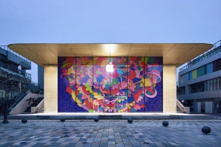 Apple закрыла свой первый магазин в Китае, но сразу открыла новый. Зачем?