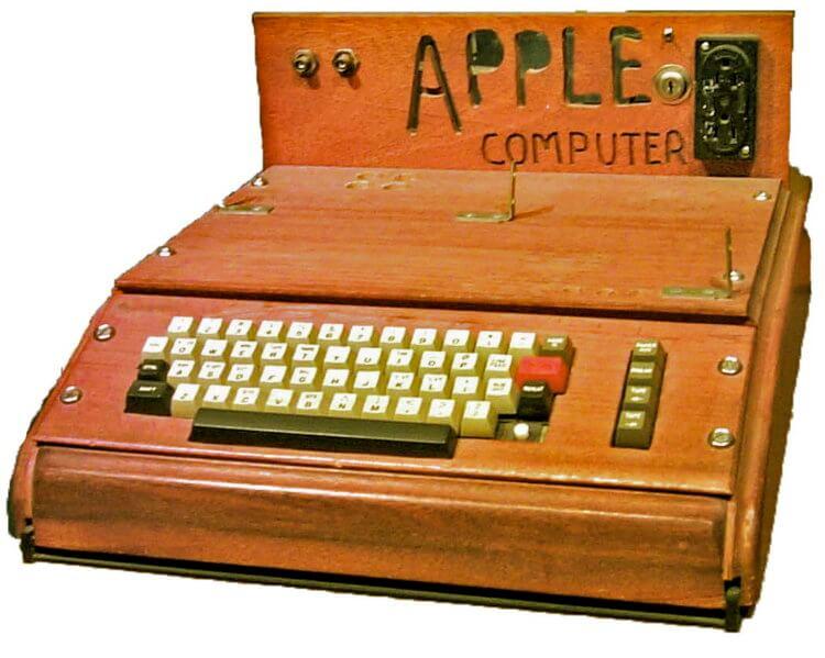 40-летний Apple II научили отправлять твиты, почту и управлять умными устройствами