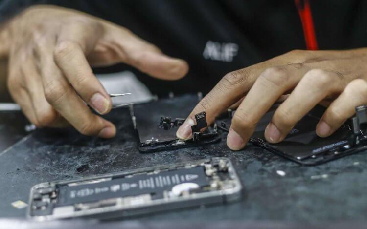 Apple одобрила ремонт iPhone в независимых сервисах. Но только в тех, которые отберёт сама
