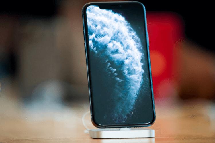 У iPhone 12 будет самое прочное стекло в истории
