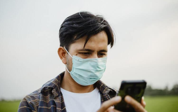 Apple просят научить Face ID разблокировать айфон в маске