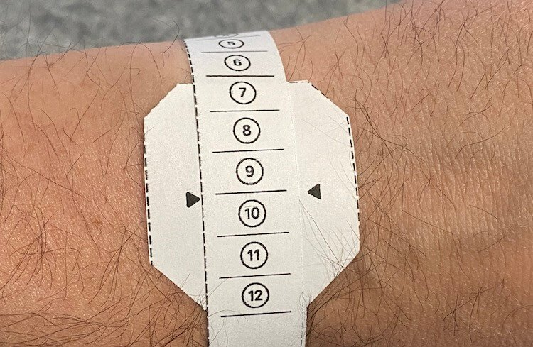 Чем хорош сплошной ремешок для Apple Watch и как его подобрать