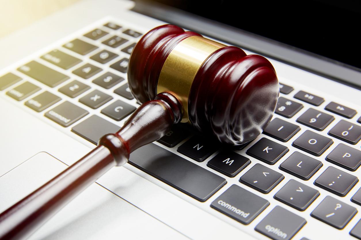 Бывший инженер Microsoft, укравший 10 млн долларов, приговорен к 9 годам лишения свободы
