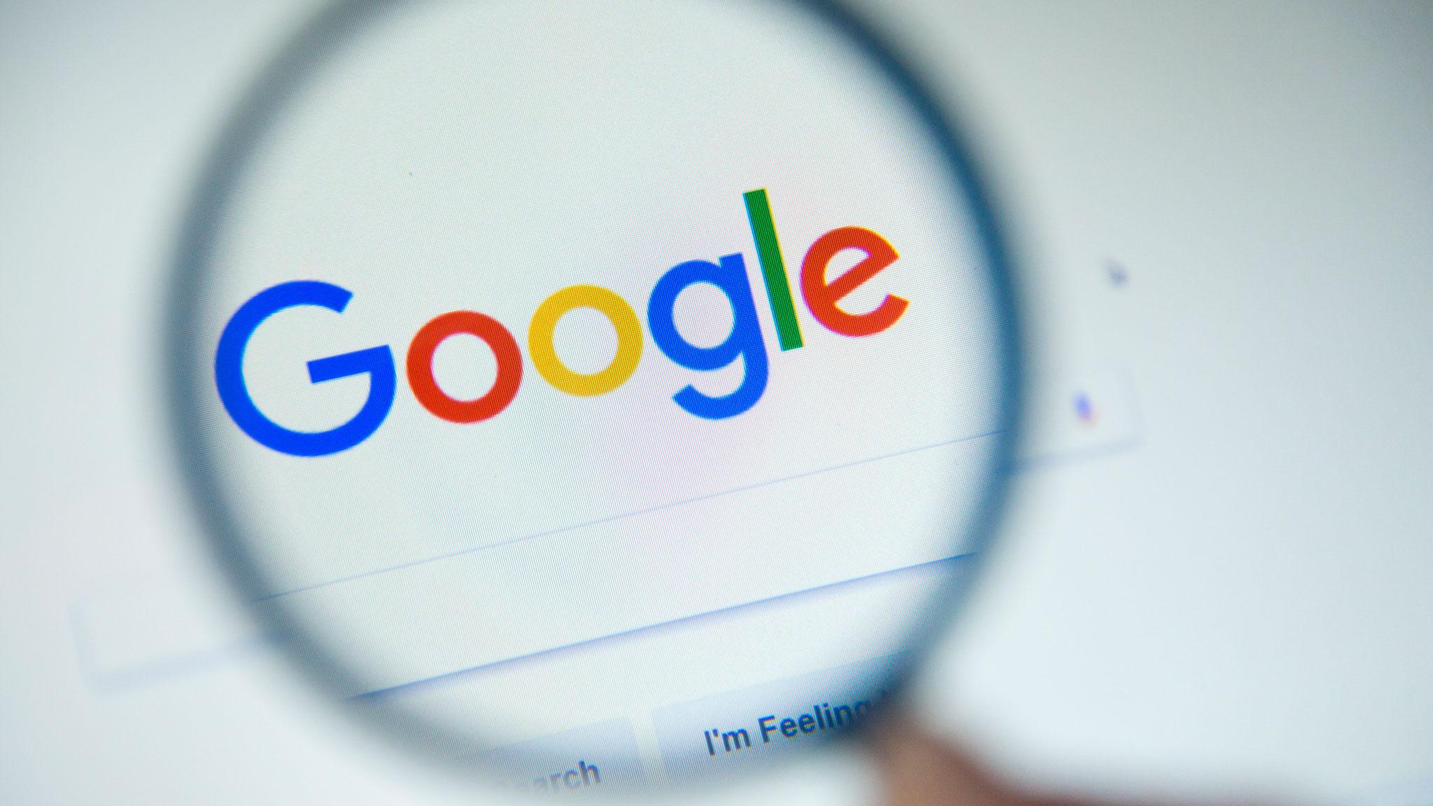 Роскомнадзор вновь обнаружил, что Google не удаляет из поиска запрещенный контент