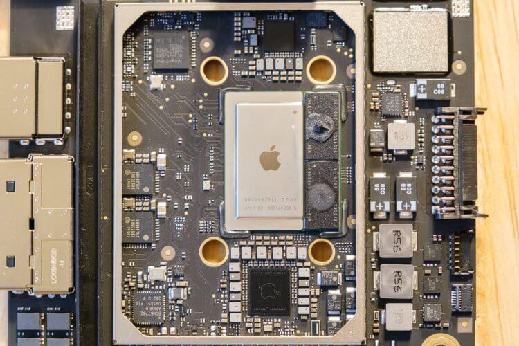 Ты чего такой мощный? Что внутри у Mac mini 2020