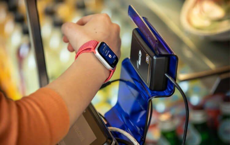 Apple Pay — единственный платёжный сервис на iOS. Почему никто не может этого изменить?