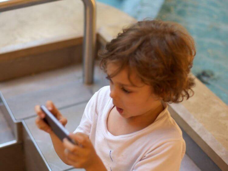 Почему Apple никогда не говорит, сколько в iPhone оперативной памяти?