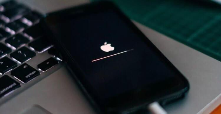 Срочно обновите систему — Apple исправила критическую узявимость в iOS 14.4