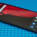 Замена чёлки в iPhone на отверстие в экране не имеет никакого смысла